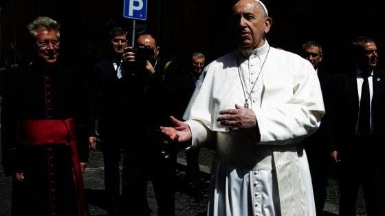 """Il Papa: """"Obbediamo alle regole per non far tornare la pandemia"""""""