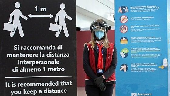 """Fiumicino. Ecco lo """"smart helmet"""": controlla la temperatura corporea fino a 7 metri"""