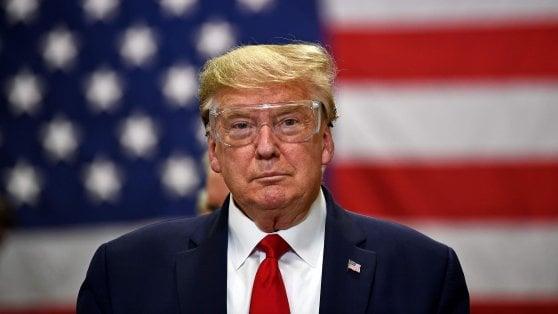 """Coronavirus nel mondo, Trump: """"Crisi peggio di Pearl Harbor e delle Torri gemelle"""""""