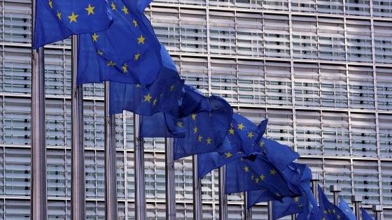 Ue: Per l'Italia profonda recessione: Pil a -9,5% nel 2020. Gentiloni avverte: Divergenze tra Paesi sono minaccia per l'Eurozona