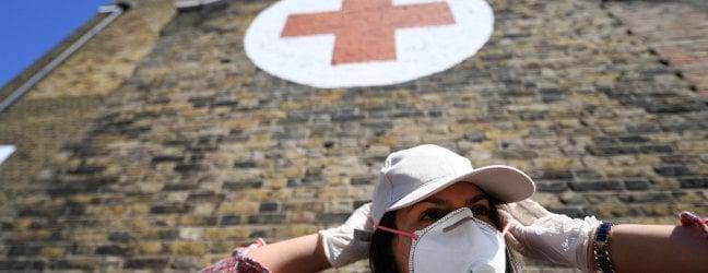 La solidarietà degli italiani di Londra per i più deboli e chi lotta contro il coronavirus