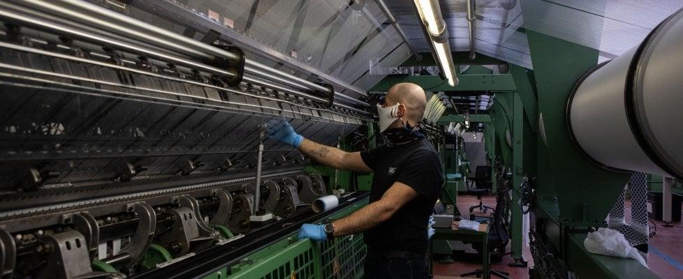 Lavorare meno, la proposta Pd: Trenta ore per tutti e 750 mila nuovi posti di lavoro