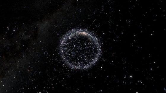 Nuovi detriti in orbita da un razzo russo. Il problema della spazzatura spaziale