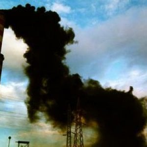 Cile, Coronel città dove l'energia prodotta col carbone immette arsenico e metalli pesanti nel sangue della gente
