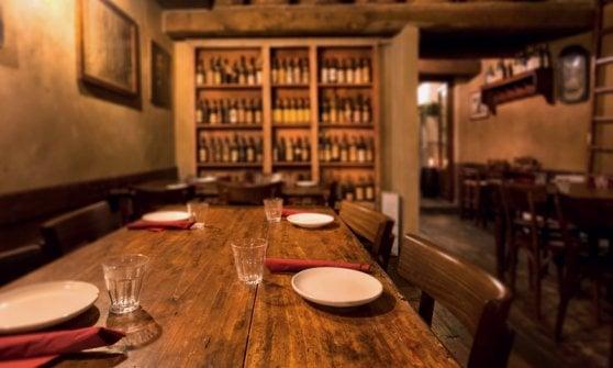 Riaprono i ristoranti, ma i clienti hanno voglia di frequentarli?