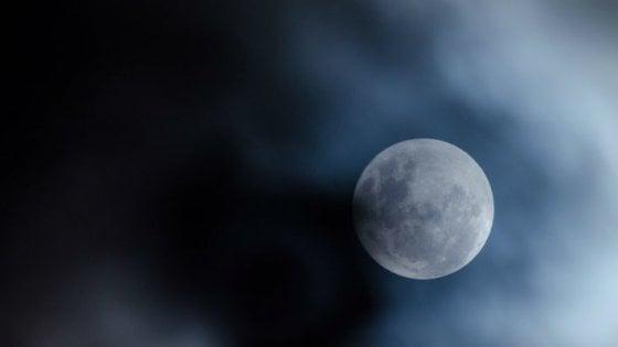 Astronomia, il 5 giugno appuntamento con l'eclissi penombrale di luna