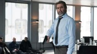'Lavoro a mano armata', Eric Cantona, dopo calcio e cinema ora le serie tv. Irascibile sul set e fuori