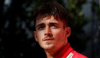 La settimana perfetta di Leclerc: prima guida Ferrari e ora anche volto di Armani