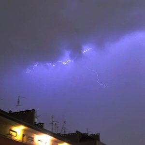Meteo, Domani temporali al centro-sud, dalle Marche alla Puglia. Nubifragi in Emilia, piogge intense a Roma