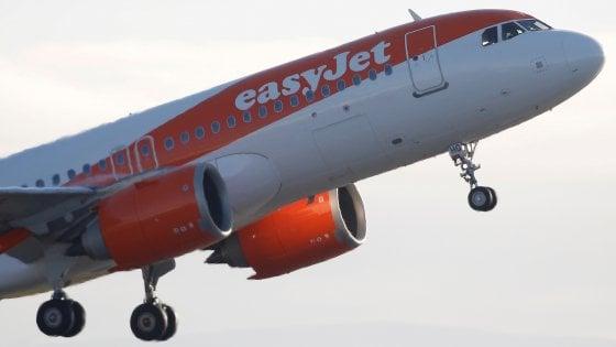 Attacco informatico a EasyJet, compromessi i dati di nove milioni di clienti