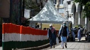 """Saba Naqvi e i musulmani dell'India: """"I media e i socialhanno indicato in loro la causa"""