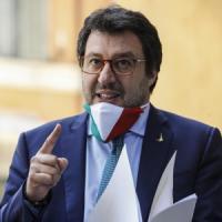 """Fase 2, scintille anche al Senato. Salvini a M5s e Pd: """"Se avete da ridere, uscite"""""""