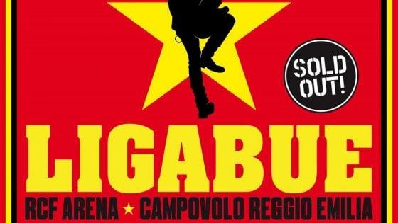 Campovolo, Ligabue annuncia la nuova data: '30 anni in un nuovo giorno' il 19 giugno 2021