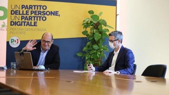 """Zingaretti: """"Serve la grande politica non quella degli sgambetti"""". Web, feste di strada, tesseramento: l'estate del Pd"""