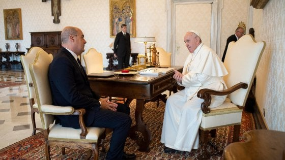 """Vaticano, per Zingaretti udienza con papa Francesco: """"Contro la pandemia serve grande impegno"""""""