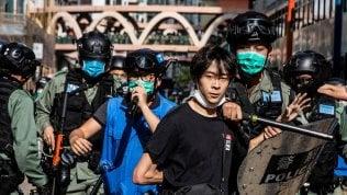 Hong Kong, cariche e 180 arresti contro la protesta sulla legge per sicurezza nazionale