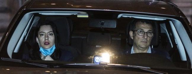 L'arrivo della ministra Azzolina a Palazzo Chigi in vista del vertice notturno sulla scuola