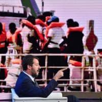 """Open Arms: M5S voterà sì a processo a Salvini,  Fi contro. Leader Lega: """"Rifarei tutto"""""""