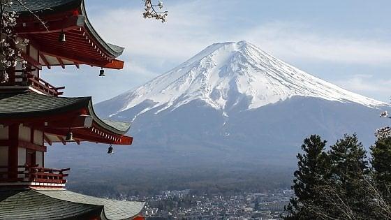 Giappone, piano da 10,5 miliardi per il turismo: per gli ospiti internazionali metà soggiorno sarà free