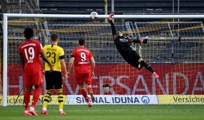 Bundesliga: Kimmich spegne i sogni del Borussia Dortmund, il Bayern vola verso il 30° titolo