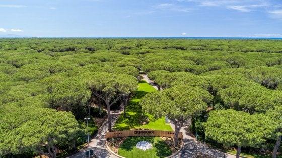 Un villaggio sulla costa toscana che guarda  al presente e pensa al futuro