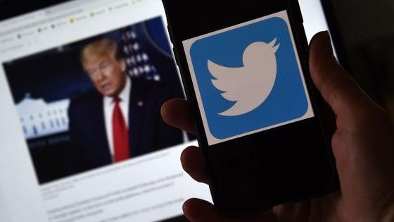 """Stretta sui social media, Trump pronto a firmare decreto. Zuckerberg: """"Censura non è giusta reazione"""""""
