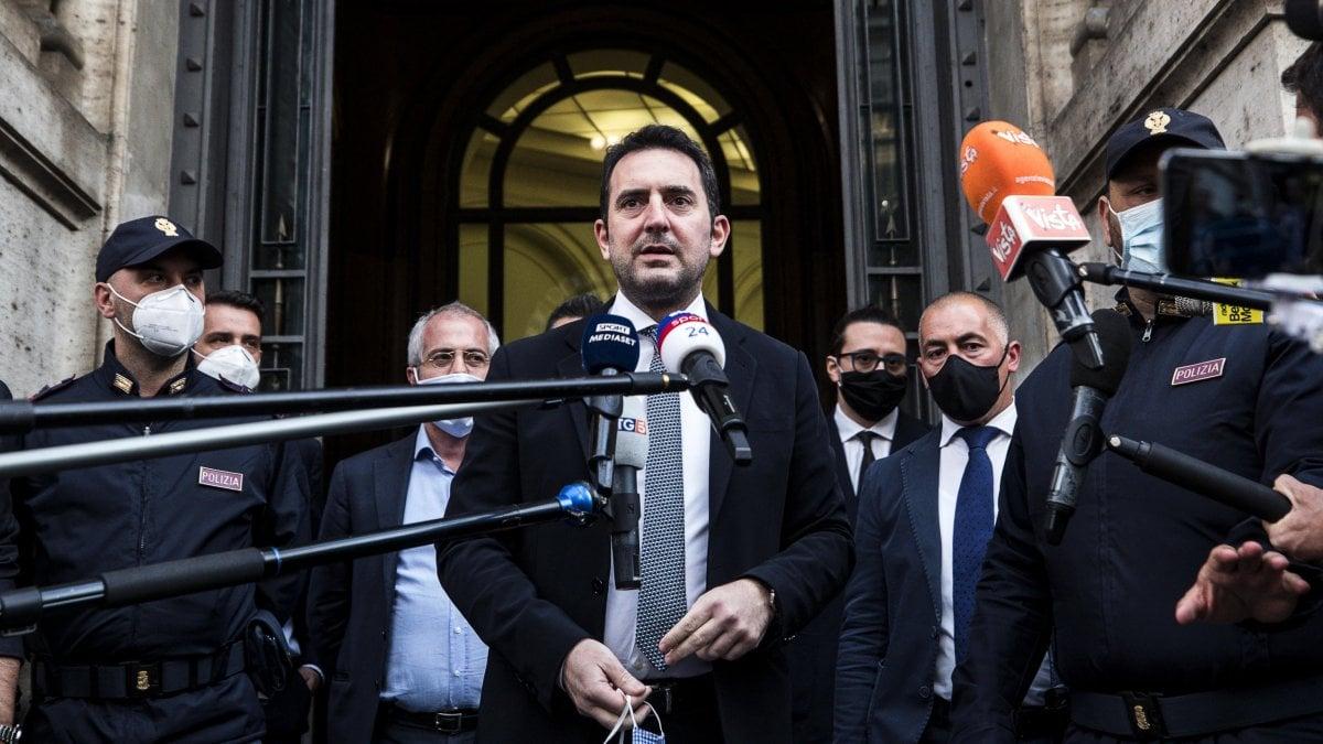Serie A, Spadafora ha deciso: il campionato riparte il 20 giugno