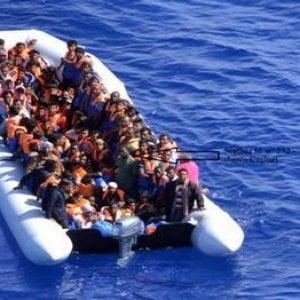 Tre sbarchi in poche ore, Lampedusa di nuovo in emergenza