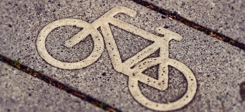 In bici al lavoro? Il decalogo per le aziende che vogliono pedalare