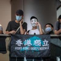 Hong Kong, Trump annuncia sanzioni contro funzionari cinesi e lo stop a esenzioni...