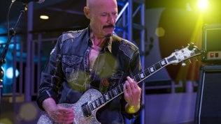 """È morto il chitarrista Bob Kulick, """"quinto"""" membro dei Kiss"""