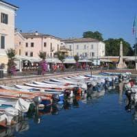 Anziano uccide moglie malata e si suicida gettandosi nel lago di Garda