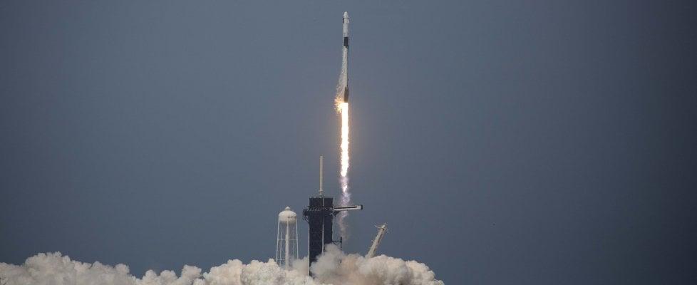 Space X, è partita la Crew Dragon da Cape Canaveral. È la prima volta dal 2011
