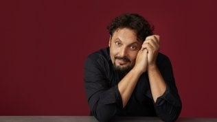 """""""Tutto casa e teatro"""": Brignano torna con uno show in tv"""