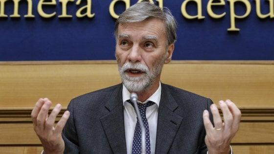 """Delrio risponde a Bonomi: """"Pensi all'evasione fiscale"""". Orlando: """"Accostare politica a virus? Parallelo rozzo"""""""