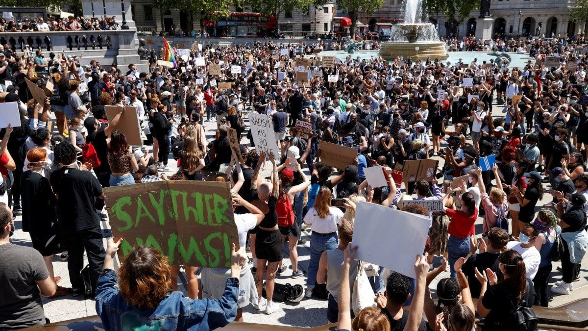Morte Floyd, le proteste arrivano in Europa: 23 arresti a Londra