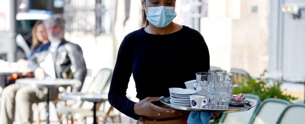 """Coronavirus nel mondo, superati i 150 mila contagiati in Africa. Amnesty: """"Casi nella prigione di Zaky"""". Morto sesto medico a Wuhan"""