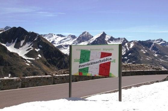 """Alto Adige, blitz degli Schuetzen: hanno """"spostato"""" il confine italiano più a sud"""