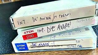 """""""Le cassette ritrovate"""". Le grandi interviste di Gino Castaldo con Repubblica. Si parte con De André"""