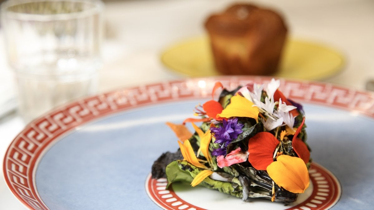 Massimo Bottura cucina i Beatles: il nuovo menu psichedelico e rock