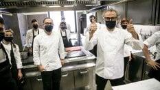 Massimo Bottura cucina i Beatles: il nuovo menu è all'insegna del rock