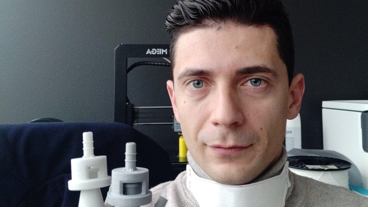 Cristian Fracassi, l'ingegnere che ha trasformato una maschera da sub in un respiratore anti covid