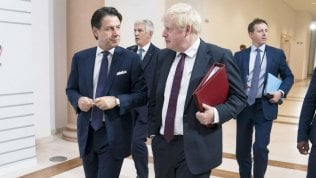 """Johnson disse a Conte di volere l'immunità di gregge"""