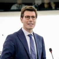 M5s, sospeso per un mese l'europarlamentare Ignazio Corrao per il voto contrario sul Mes