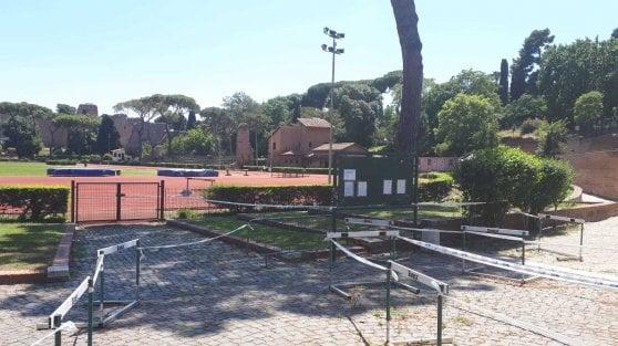 Roma, riaprono gli impianti sportivi, ma allenarsi è una corsa a ostacoli