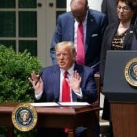 """Morte Floyd, Trump torna a parlare: """"Tutti gli americani siano trattati allo stesso modo..."""