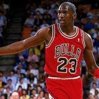 Morte Floyd, Michael Jordan dona 100 milioni di dollari