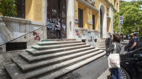 Roma, 7 posti ai maschi e 3 alle femmine: polemica al Talete. Interviene la ministra Azzolina