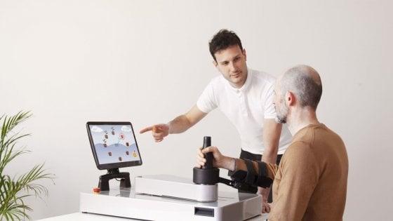 Coronavirus, un robot fisioterapista aiuta i pazienti con l'ictus