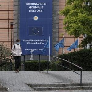 """Coronavirus, l'allarme della Ue: """"Fake news da Russia e Cina per minare la democrazia"""""""